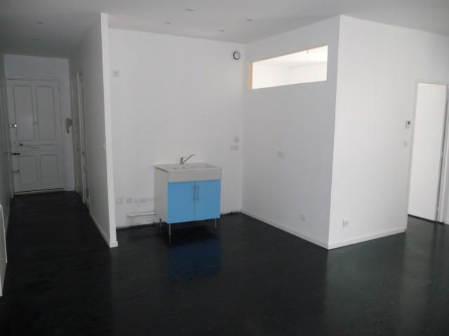 R novation d 39 un appartement peinture carrelage sols souple for Peinture renovation carrelage
